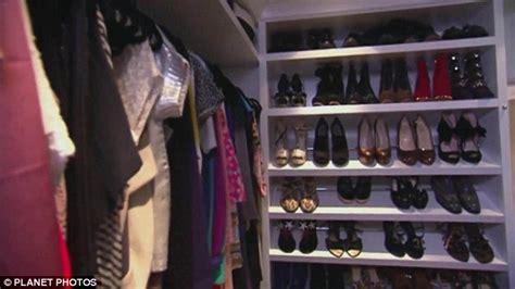Jenner Shoe Closet by Kendall Jenner Bemoans The Size Of 1 39 Million Condo