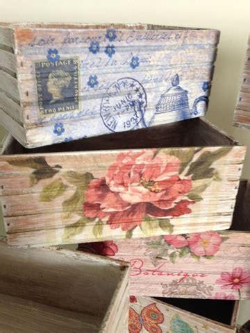 como decorar cajas de madera en vintage cajas de frutas decoradas y recicladas a lo vintage