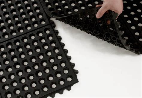 Interlocking Rubber Floor Tiles with Interlocking Rubber Floor Tiles
