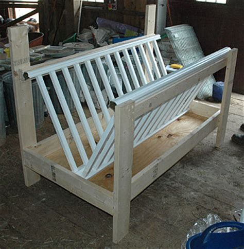 Baby Crib Feeder Hay Feeder Built From An Crib Great Idea Now Just Add A Roof Circle H Farms
