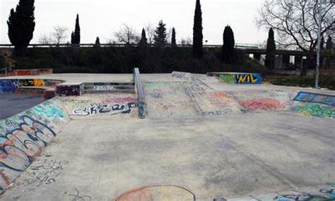 spot le spot le skatepark de n 238 mes 30 192 lire