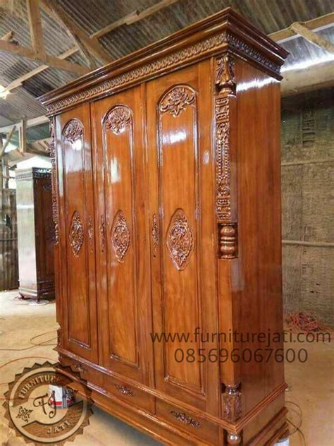 Lemari Peluru Jati Jepara lemari pakaian peluru minimalis 3 pintu furniture jati jepara