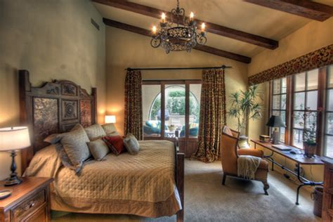 tuscan style bedrooms tuscan bedroom design how to design a bedroom in tuscan style more bedroom decorating ideas