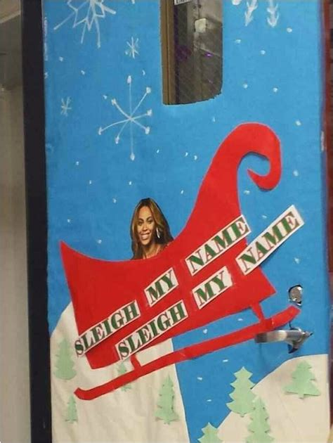 funny christmas door decorating ideas christmas
