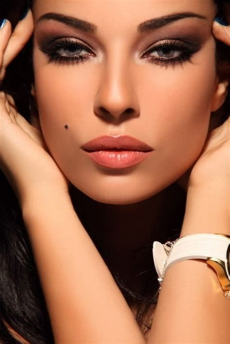 in creating fashion makeup hair beauty occassional madness dark sultry makeup love the gold as an accent to highlight