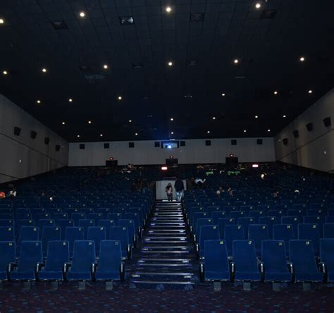 wave cinemas book  theatre    discount