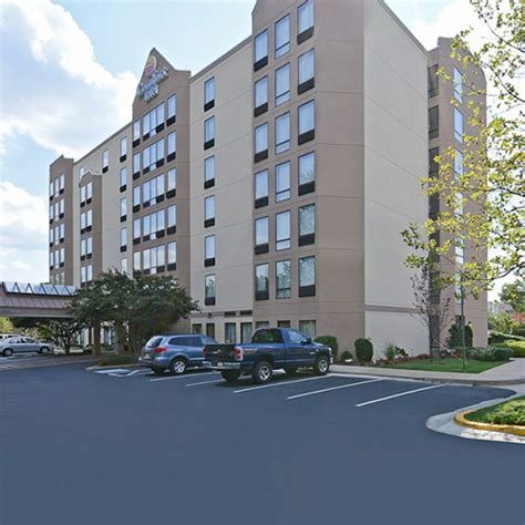 comfort inn pentagon city comfort inn pentagon city arlington va aaa com