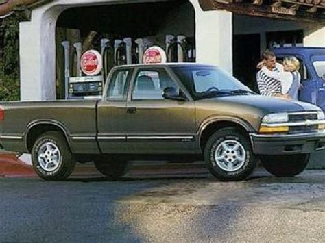 how to work on cars 1999 chevrolet s10 lane departure warning purchase used 1999 chevrolet s 10 ls extended cab in 1320 state road 46 east batesville