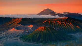 Volcano Landscape Pictures Volcanic Landscape Wallpapers And Images Wallpapers