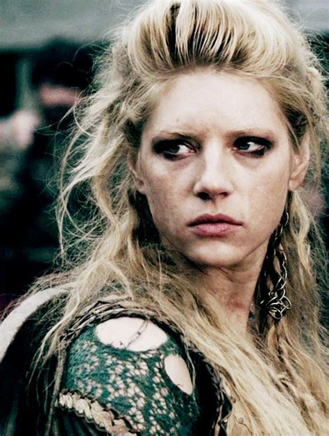 lagertha lothbrok hair braided lagertha make up diy costumes for ladies pinterest