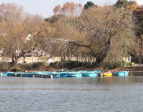 boat ride zoo lake boat picnic on zoo lake for spring joburg
