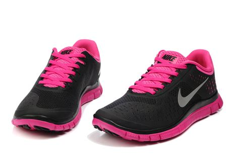 n2drz6zu cheap black and pink nike free run