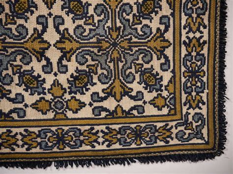 Portuguese Needlepoint Rugs by Vintage Portuguese Needlepoint Rug At 1stdibs