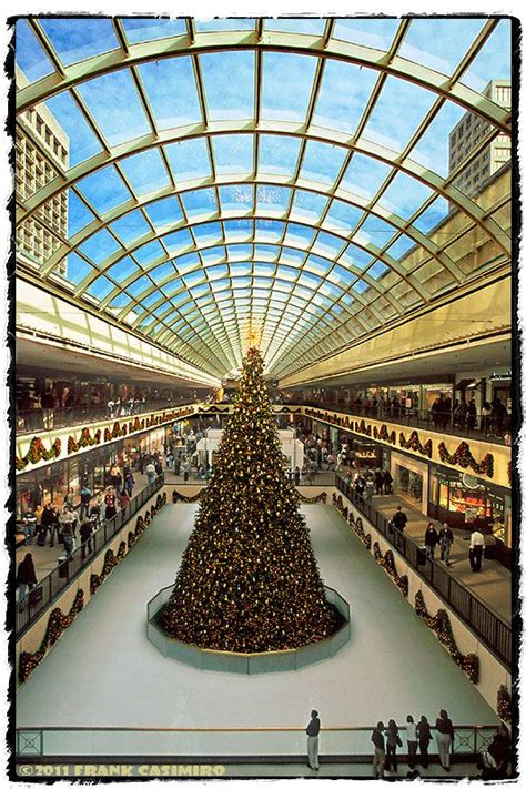 galleria christmas tree houston texas oh wow my family