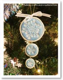 Easy to make christmas ornaments stamped clay ornament