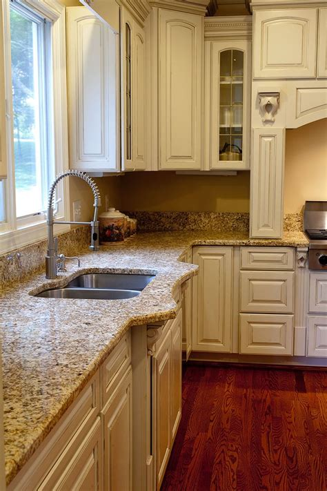25 best ideas about cream colored cabinets on pinterest top 10 cream colored kitchen cabinets gosiadesign com