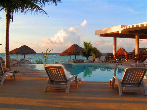best romantic getaways 5 great resorts for couples romantic getaways mexico honeymoon great honeymoon place