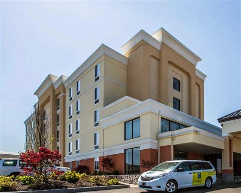comfort inn in new hshire comfort inn airport manchester new hshire nh