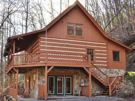 Three Bears Cabin Gatlinburg Tn by Three And Four Bedroom Cabins Smoky Mountain Paradise At