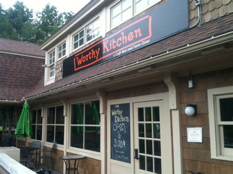 worthy kitchen opens in woodstock food news seven days