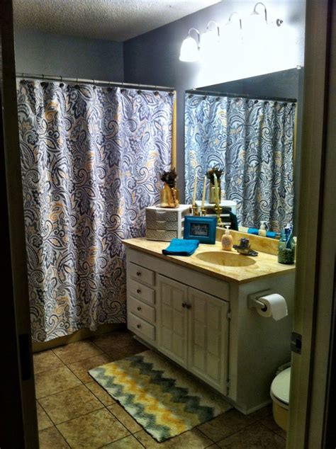 turquoise and yellow bathroom gray and yellow bathroom turquoise accents what is that and why don t i have it