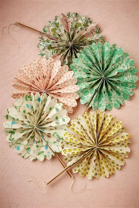 paper fans for wedding 644 best images about id 233 es cr 233 atives on pinterest