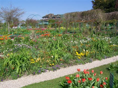 giverny monet s flower garden