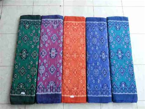 Kain Tenun Ikat Ethnic Kain Tenun Asli Kain Tenun Ikat Toraja macam macam kain tenun tradisional asli indonesia