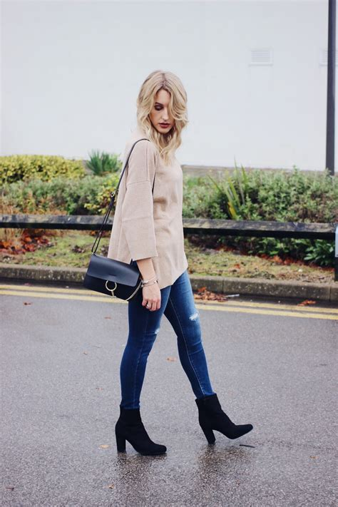 Fantastic Uk Fashion Blogs by Casual Everyday On Uk Fashion Lurchhoundloves