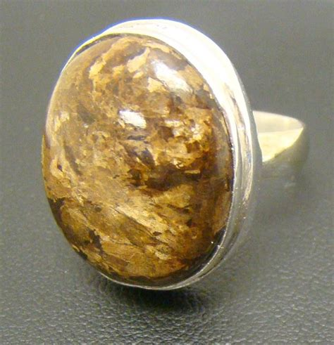 light brown gemstone cabochon opaque ring 11g