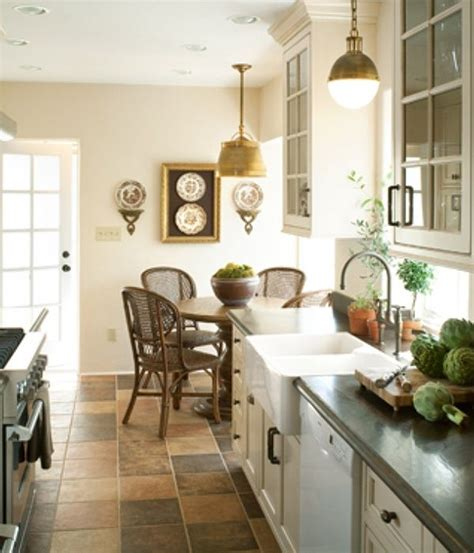 small bungalow kitchens pin by krystyna carlotta on home decor