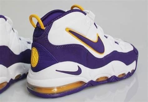 derek basketball shoes a classic nike basketball pe for former laker derek fisher