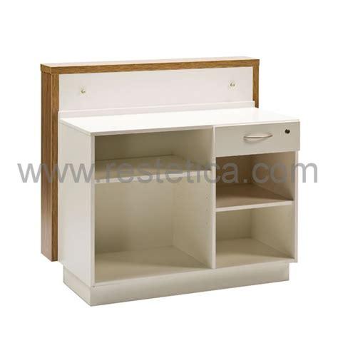cornice in plexiglass banco cassa dotato di cornice in legno e frontale in