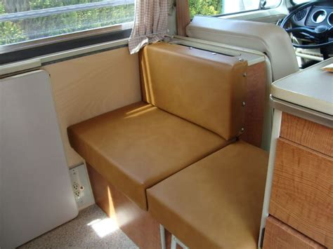 vw bay window interior buddy and jump seat vw t2 early bay http magoomirrors co