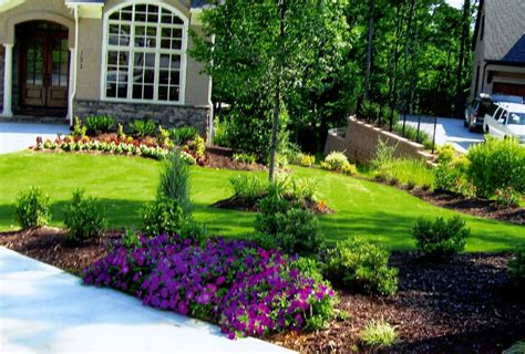 Flower Garden Ideas For Small Yards Flower Idea Landscaping Small Garden Ideas