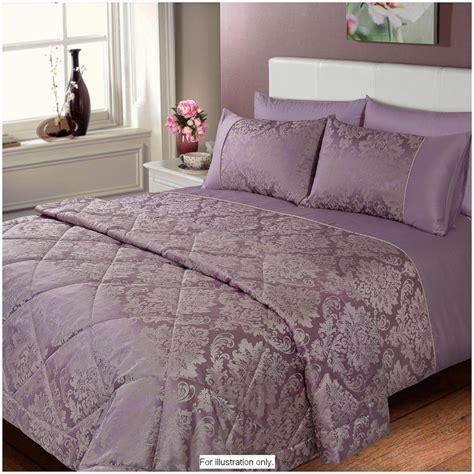 Jacquard Bedspread B M Gt Elizabeth Jacquard Damask Bedspread Gold 2852721