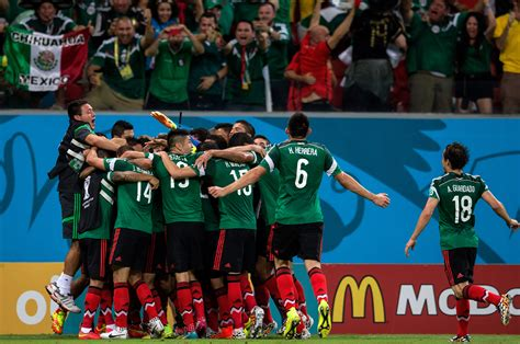 mexico world cup respond as hundreds celebrate mexico world cup