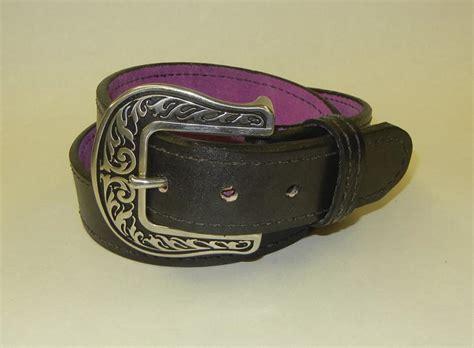 miss be havin black leather gun belt by flashbang holsters