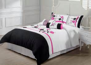Cool Bedspreads Black And Pink Bedspreads 11 Cool Wallpaper