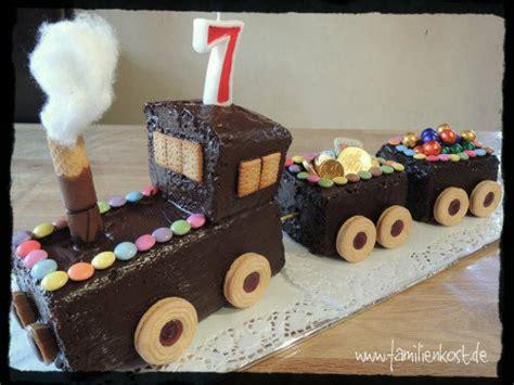 kuchen aus form lösen eisenbahn kuchen zum kindergeburtstag
