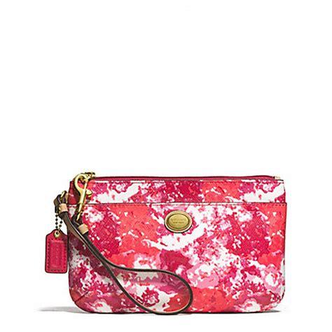 Coach Small Wrislet With Floral peyton floral print medium wristlet f51752 coach wallets wristlets wallets wristlets