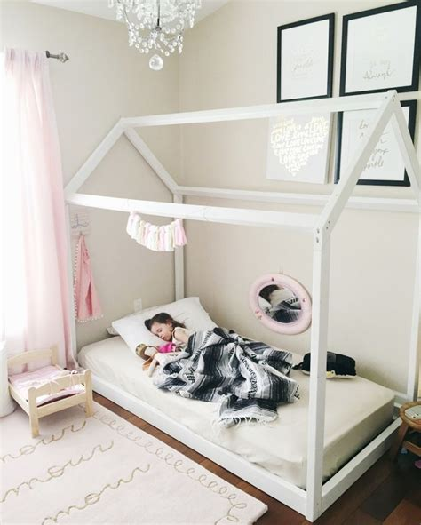 toddler floor bed 25 best ideas about toddler floor bed on pinterest