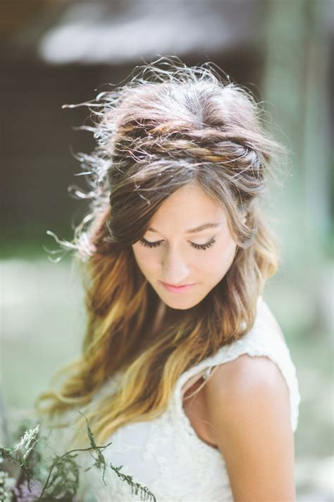 Boho Wedding Hairstyles by 9 Boho Hairstyles For Summer Brides