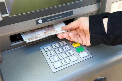 Withdraw Money From Gift Card - italy travel f a q what is the best way to get euros and pay for things in italy