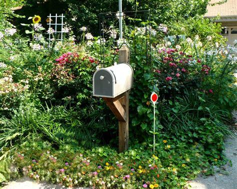 mailbox landscape design hgtv