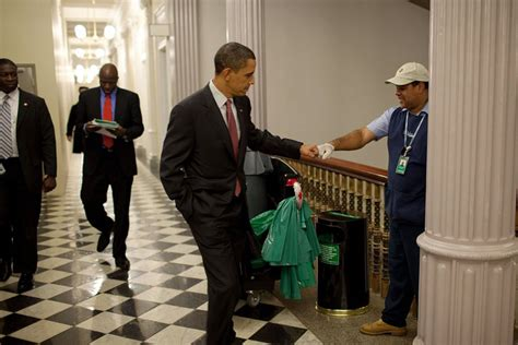 which president got stuck in the white house bathtub president barack obama photos by pete souza hypebeast