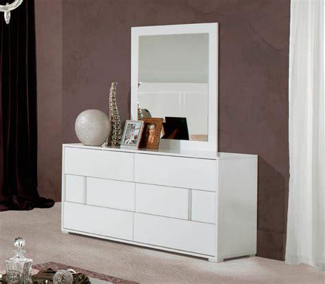Bedroom Set White Gloss Alle White Gloss Modern Bedroom Set Modern Bedroom Furniture