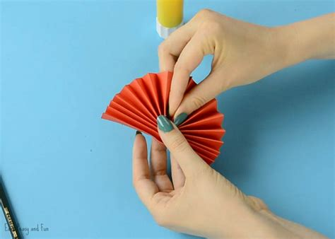 What Can I Make With Paper And Glue - diy paper award ribbon s day craft idea easy
