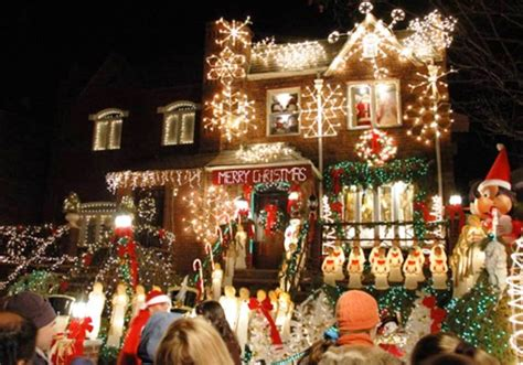 best holiday light show top 10 christmas light displays in the world