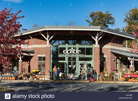 lebanon new hshire coop food store lebanon new hshire usa stock photo